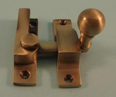 THD105N/AB Straight Arm Fastener - Narrow - Ball Knob in Antique Brass
