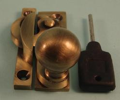 THD197L/AB Claw Fastener - Ball Knob - Locking - Antique Brass